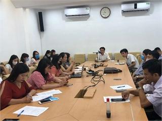 Khoa Khoa học cơ bản họp đánh giá phân loại viên chức và bình xét thi đua năm học 2019-2020.