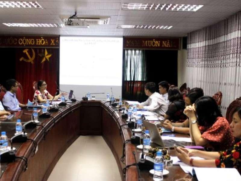 Nghiệm thu đề tài NCKH cấp Trường do TS. Lưu Thị Nhạn chủ nhiệm