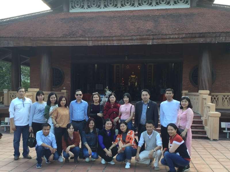 Chi bộ Khoa học cơ bản tổ chức sinh hoạt, học tập chính trị ngoại khóa năm 2019