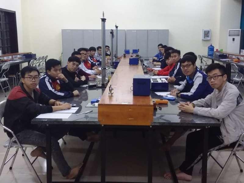 Chung khảo cuộc thi Olympic Vật lý cấp trường năm học 2019-2020