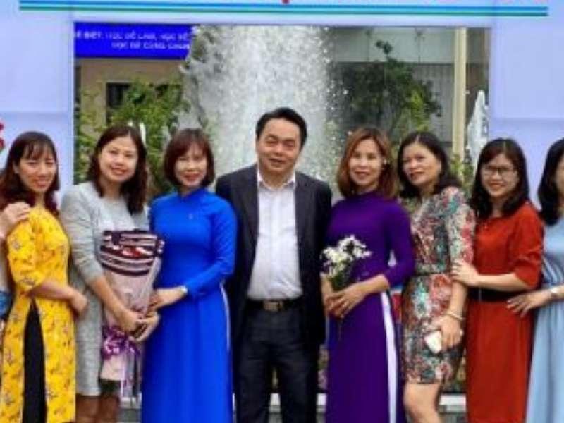 Khoa Khoa học cơ bản họp mặt kỷ niệm 38 năm Ngày nhà giáo Việt Nam.