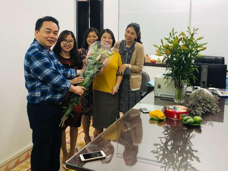 Khoa Khoa học cơ bản tổ chức kỷ niệm ngày Quốc tế phụ nữ Việt Nam 8/3/2021.